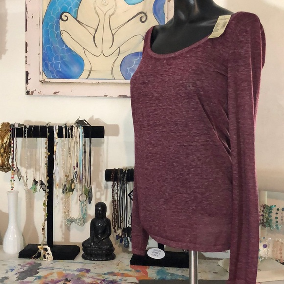 American Eagle Outfitters Tops - AE maroon long sleeve tee
